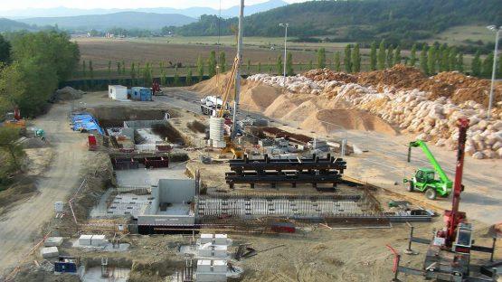 Vue aérienne du chantier de construction, La Bastide de Bousignac, Ariège (09)